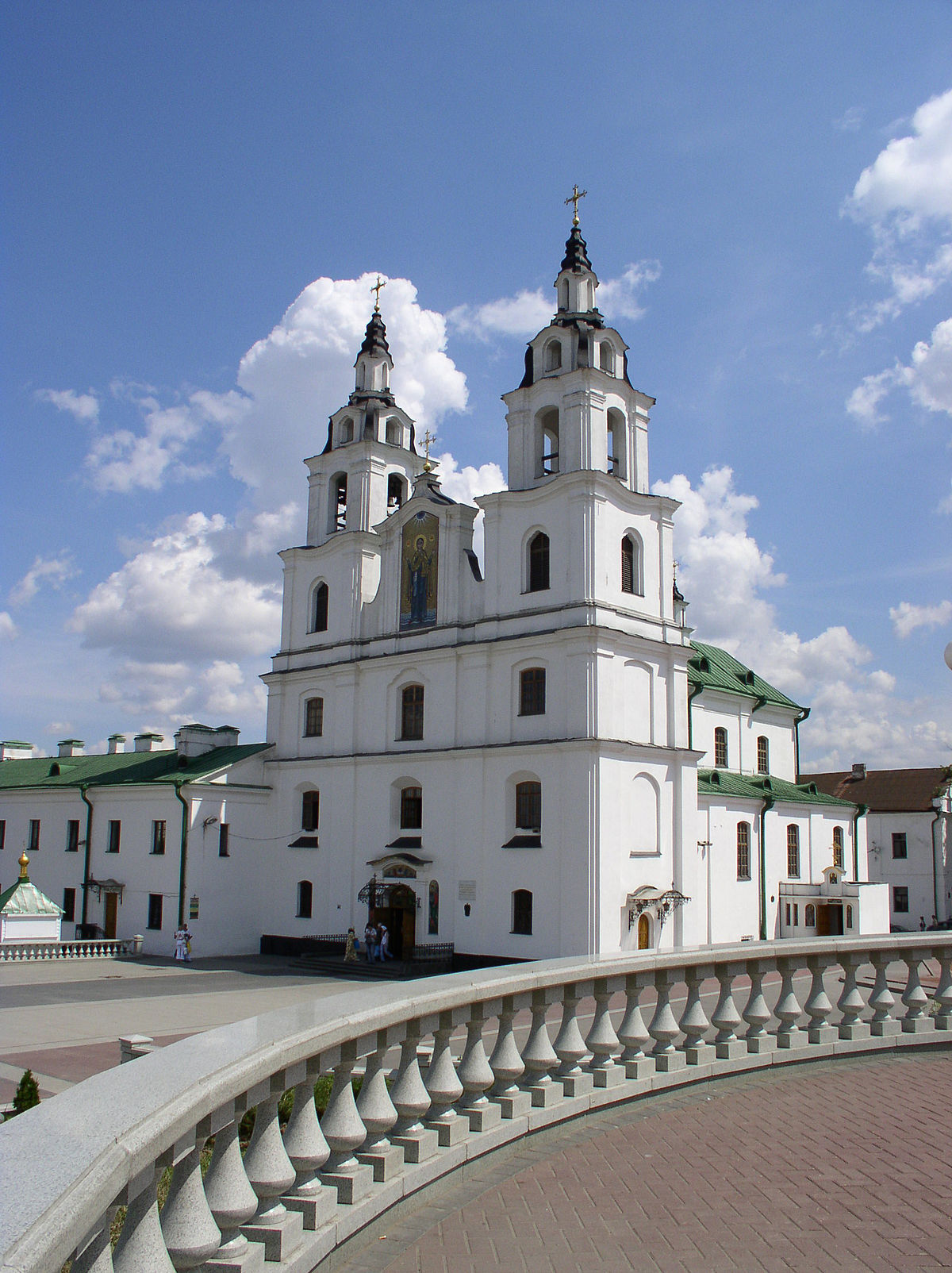 1200px Belarus Minsk Cathedral of Holy Spirit 8